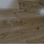 Characteristic White Oak 57.15/82.55/90/120/125/130/150mm x 18mm x R.L Lacquered Finish
