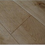 Brushed White Oak Cahracteristic 82.55/120/125/130mm x 18mm x R.L  150/180mm x 20mm x R.L Lacquered Finish